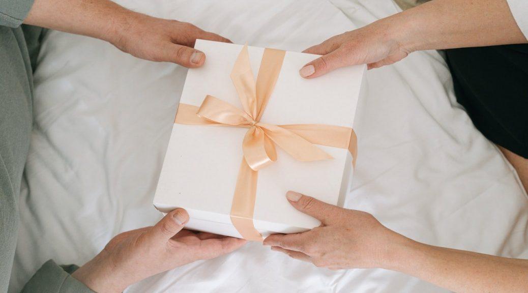 idées cadeaux après accouchement